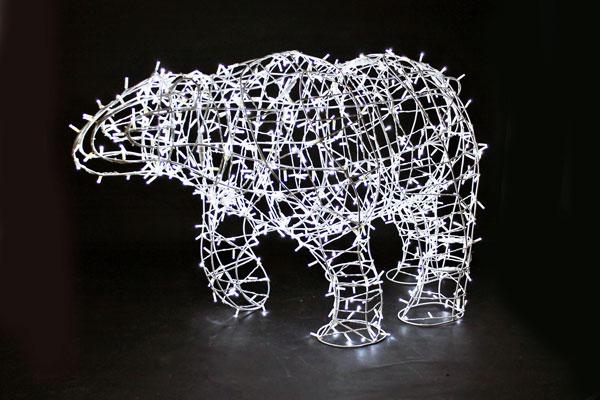 Световая  фигура «Белый медведь-динамика» 100х170см